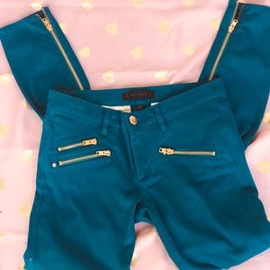 CUTE Juicy jeans with gold zippers
